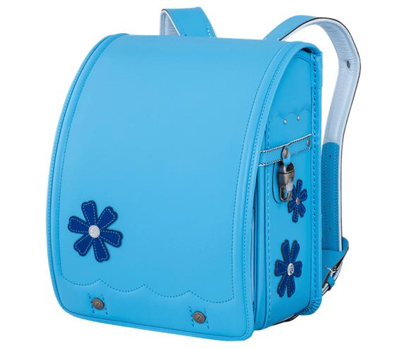 鞄工房山本の水色のランドセル